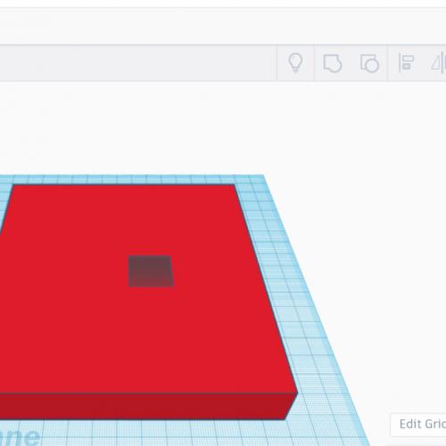 Tjejer testar CAD under inspirationsdagen inom teknik